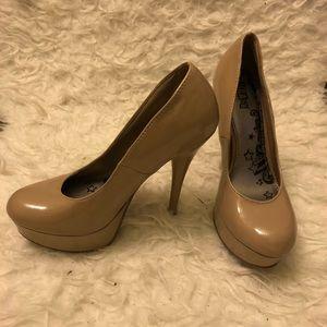 Nude/Beige Patent Platform Heels